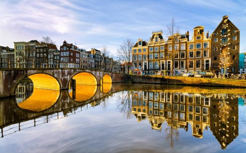 Noleggio auto ad Amsterdam