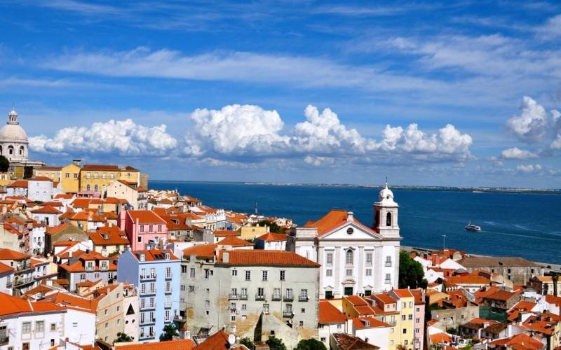Noleggio auto a Lisbona