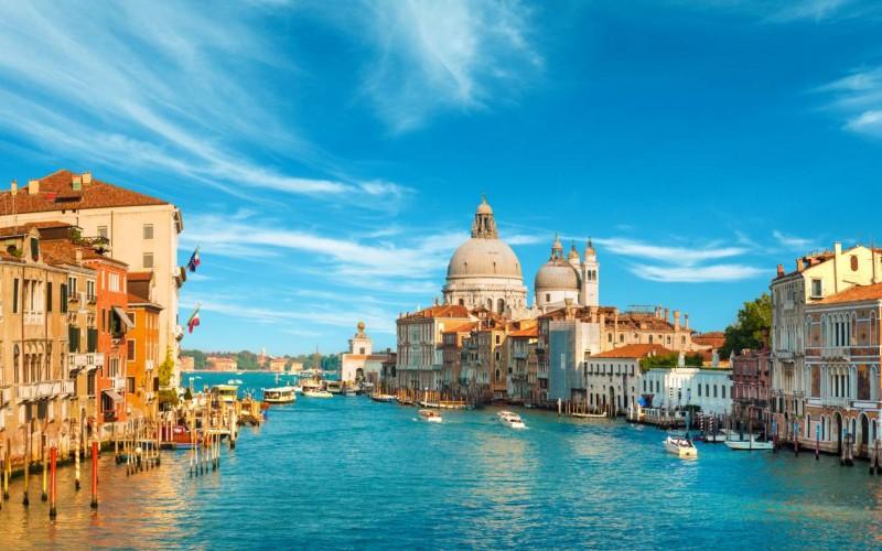 Noleggio auto a Venezia